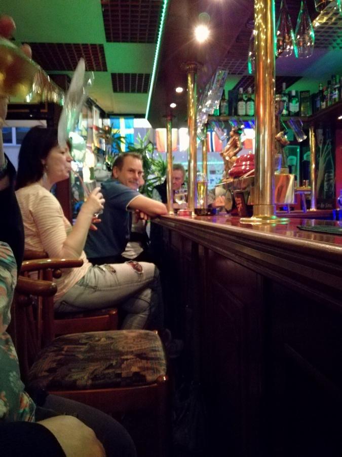 CIGARETTES & ALCOHOL