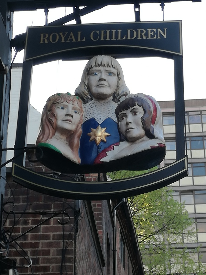 RUSHING KIDS, ROYAL CHILDREN