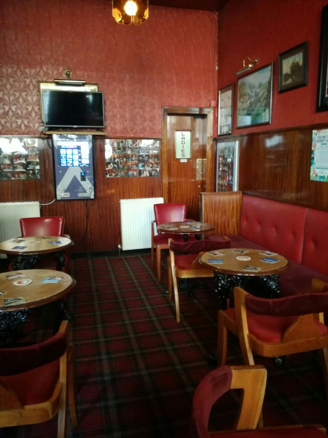 TOP 100 PUBS – THE LAURIESTON, GLASGOW