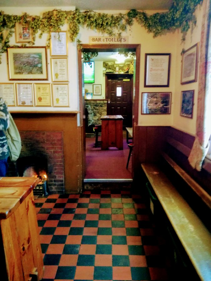 LITTLE GRANSDEN'S CHEQUERS – THE GUIDEDTOUR