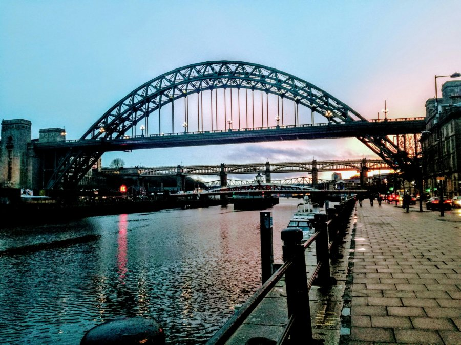 NEWCASTLE – BRIDGES, BALTIC, BOX SOCIAL