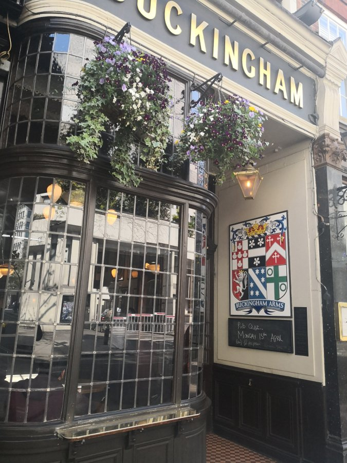THE BUCKINGHAM ARMS – A PASSPORT TO GBGIMMORTALITY