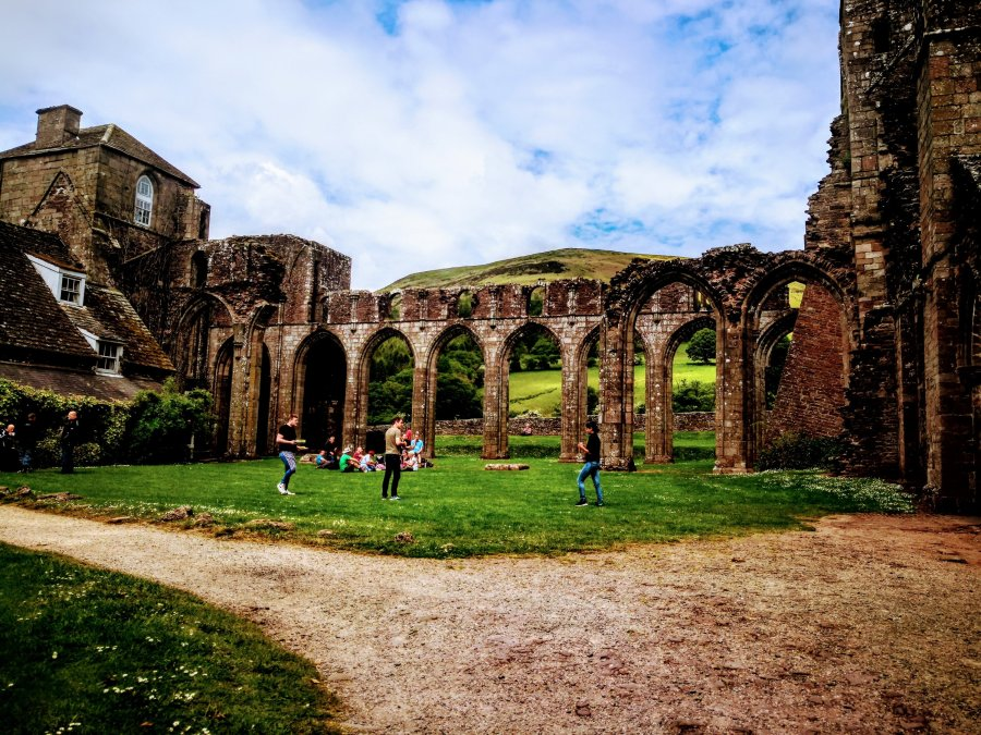 HIPPIE HUGGING AT LLANTHONY PRIORY