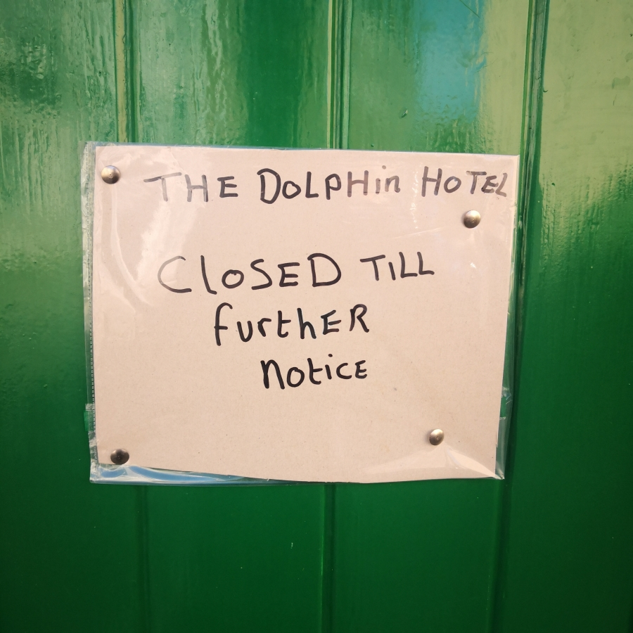 WEYMOUTH – CLOSED DOLPHINS, NAKED GNOMES