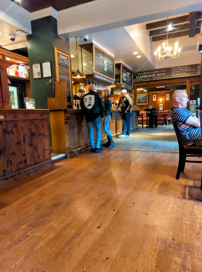 TOP 100 PUBS – THE SCARBROUGH HOTEL,LEEDS